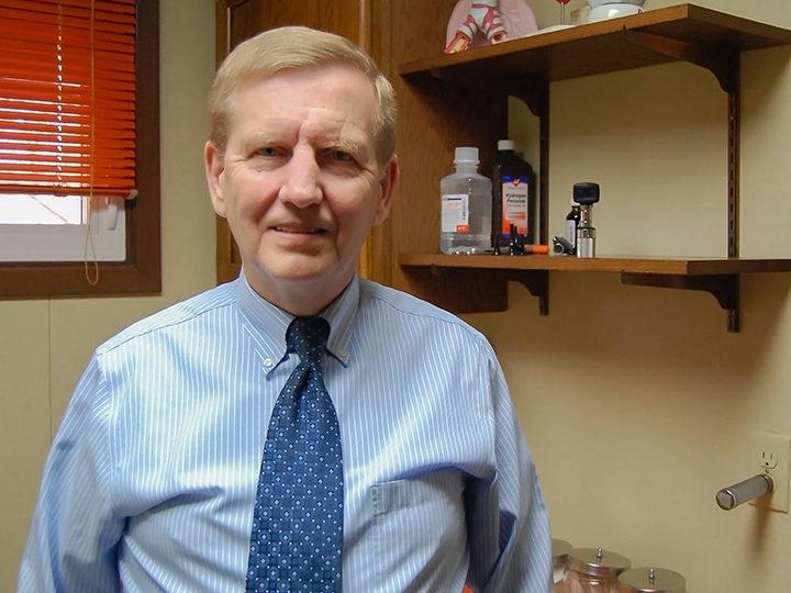 Morris Hospital to host retirement reception for Dr. Michael Cichon