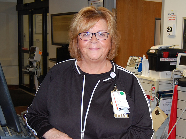 Morris Hospital Honors Veteran Nurse Supervisor for Commitment to Excellence